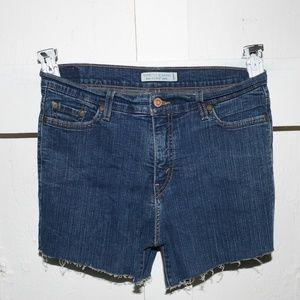 Levi's womens cut off shorts size 10        -389-